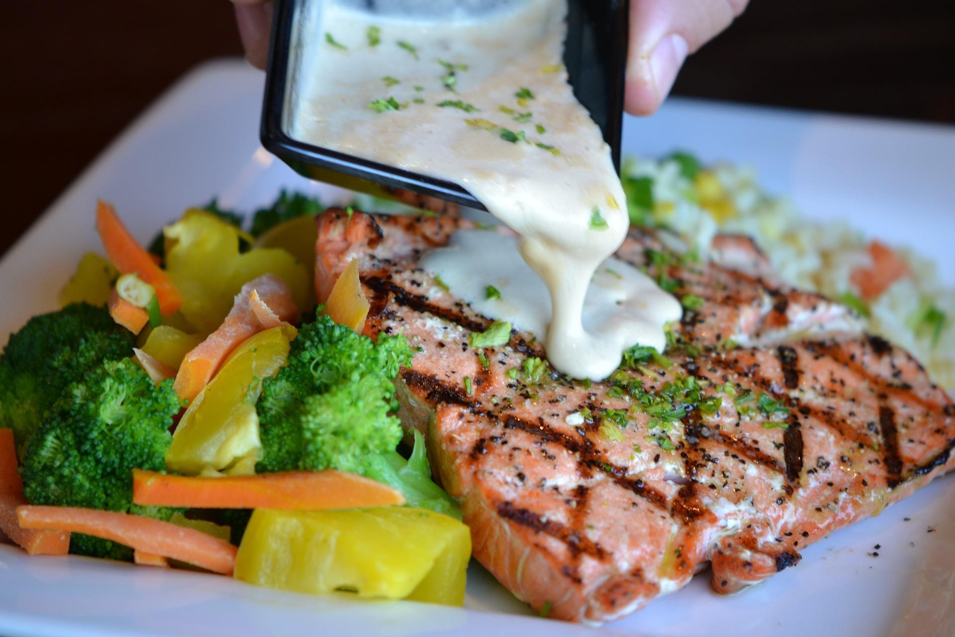 Рыба и морепродукты - одни из самых полезных продуктов питания!