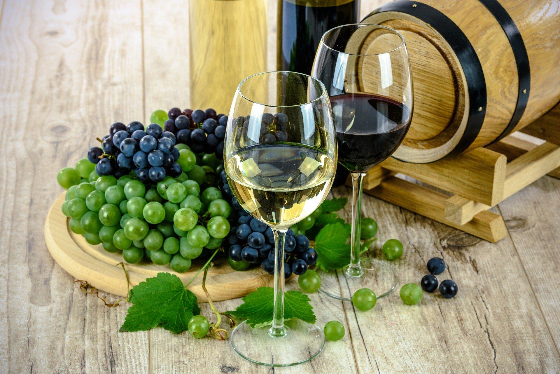 Виноград оказывает и омолаживающее воздействие.