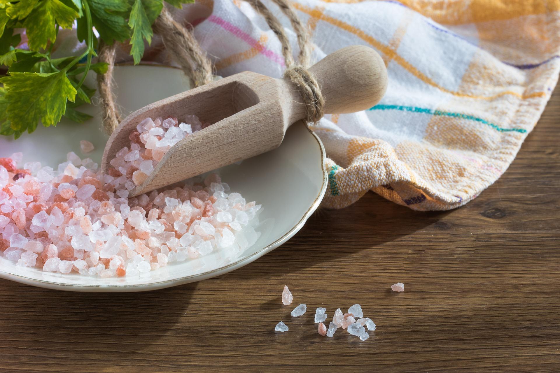 Соль для ванны: в чем польза для красоты и здоровья?